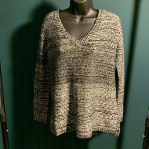 NWOT Urban Outf BB Dakota grey/cream sweater 7/$35